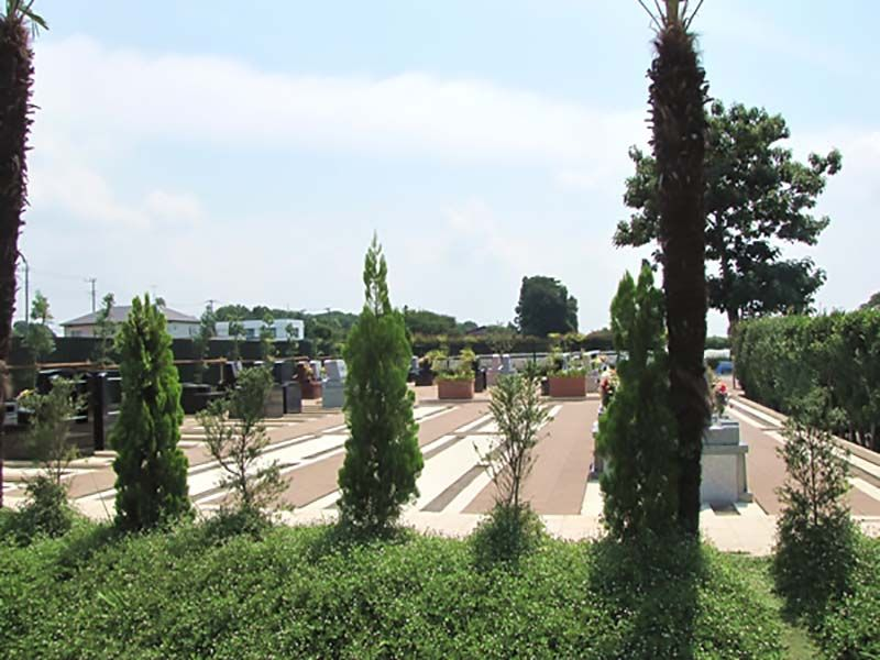 植栽と緑が豊かな西上尾メモリアルガーデン