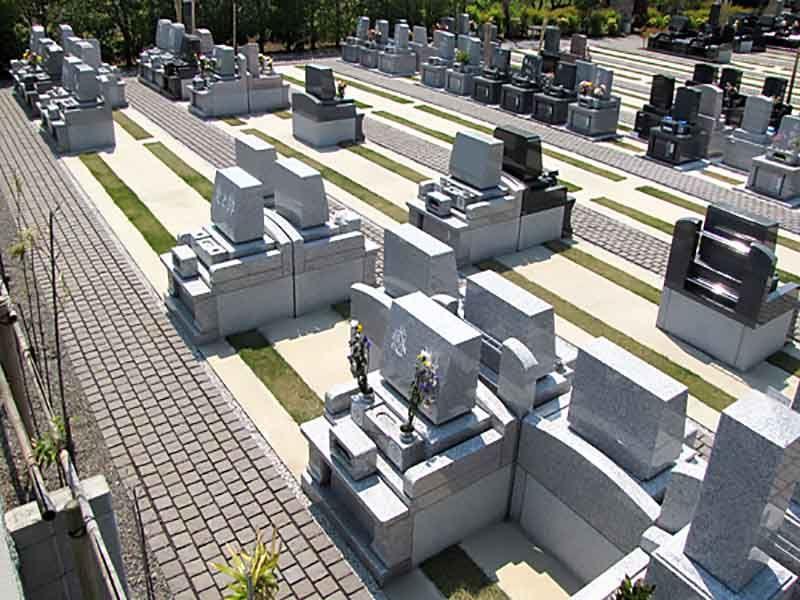 久喜聖地公苑 区画整備された墓域