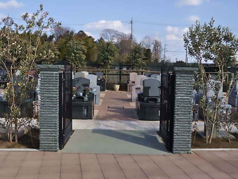 西上尾メモリアルガーデン 入り口から見た風景