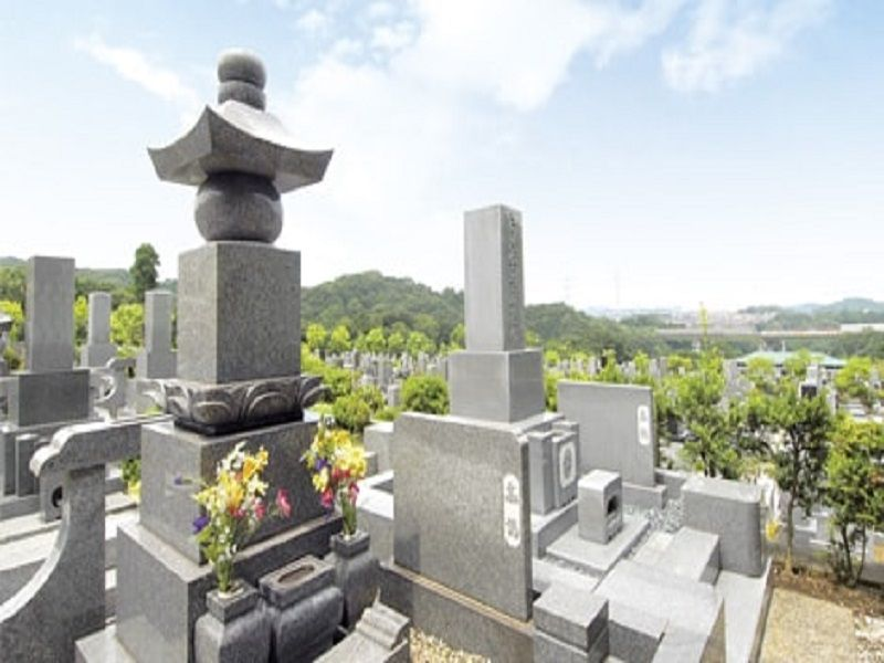 八景苑 高台にある見晴らしの良い墓域