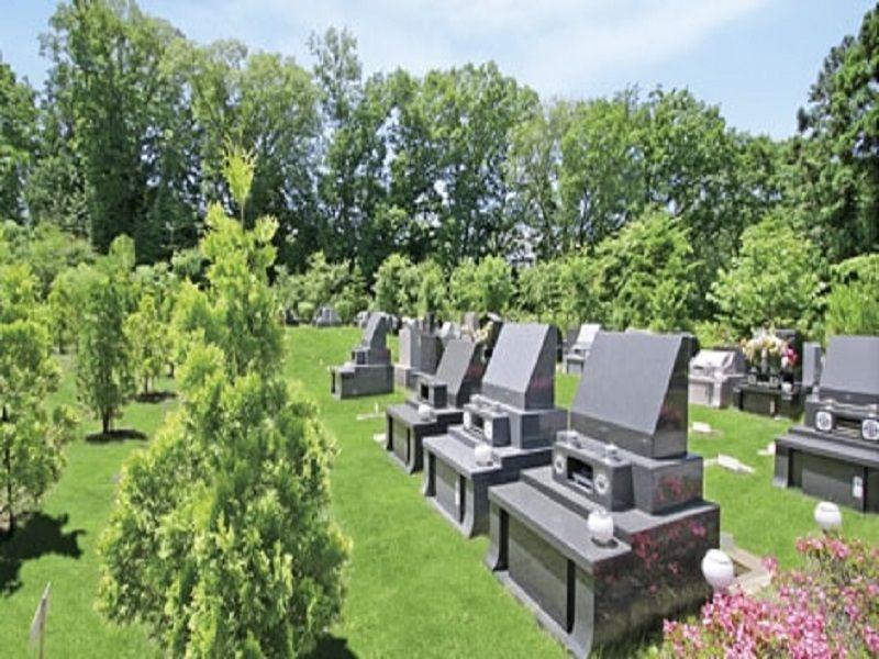 町田こもれびの杜霊苑 芝生の緑が美しい墓域
