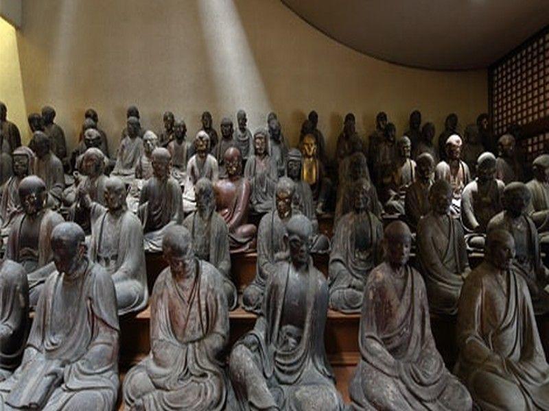 天恩山 五百羅漢寺 目黒霊廟 東京都重要文化財に指定されている羅漢像