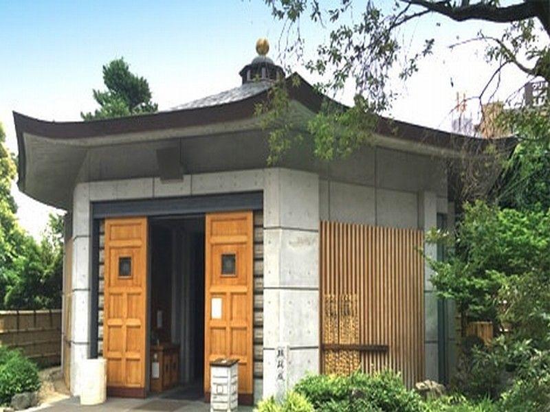 新宿琉璃殿(東京牛込琉璃殿) 納骨堂外観