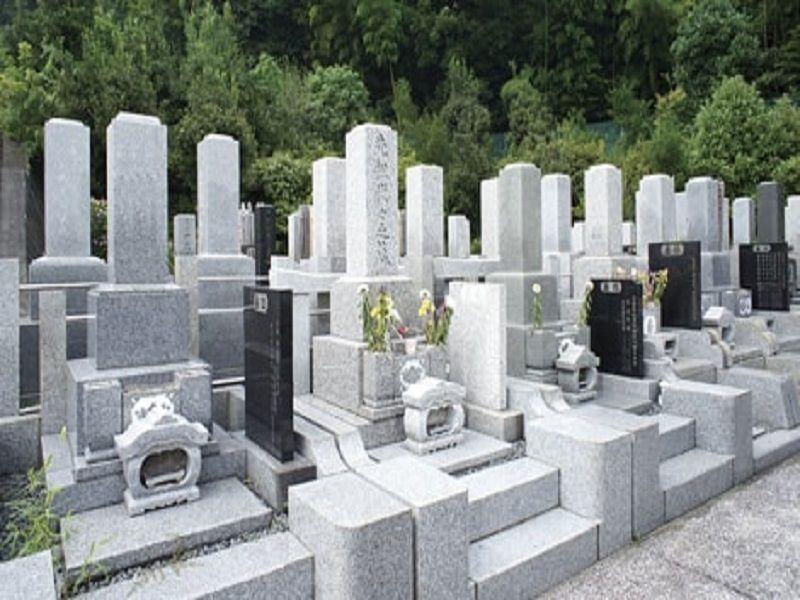 横浜港南台霊園 和型の墓石