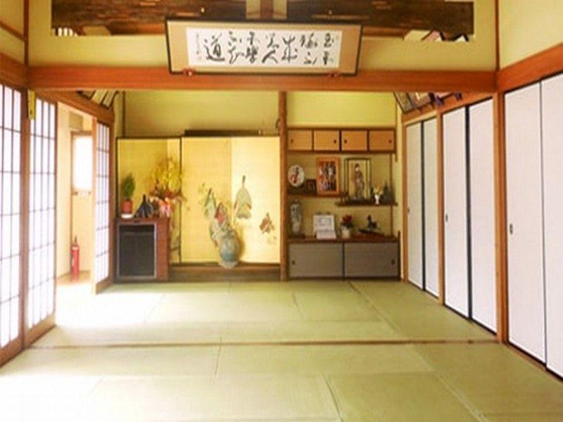 深妙寺 江戸川観音浄苑 明るい雰囲気の施設内
