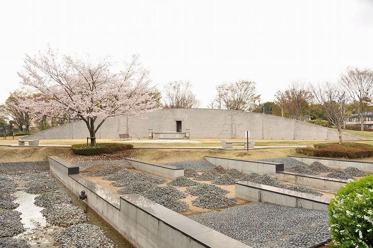 さいたま市営霊園 思い出の里 合葬墓地と霊園風景