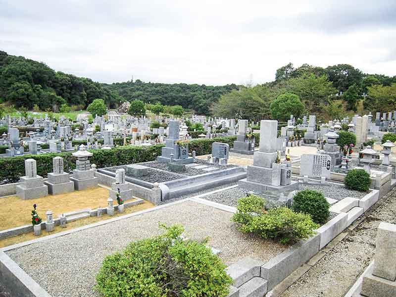 堺市営 堺公園墓地(鉢ヶ峯公園墓地) ゆったりとした区画