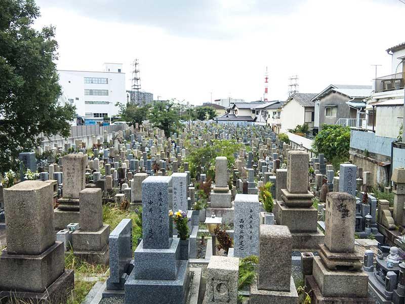 吹田市営 川面墓地 住宅街に佇む墓地