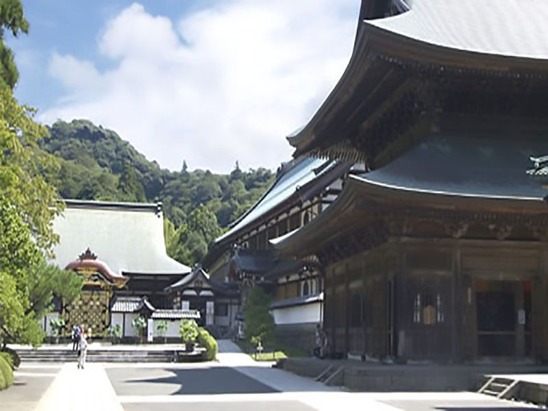 大本山 建長寺 歴史を感じさせる境内