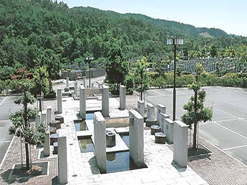 川西大霊苑