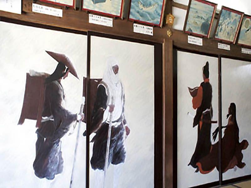 鎌倉七里ヶ浜霊園 源義経の生涯を描いた襖絵