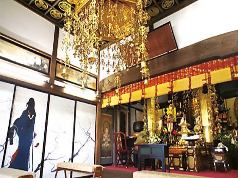 鎌倉七里ヶ浜霊園 本堂内部
