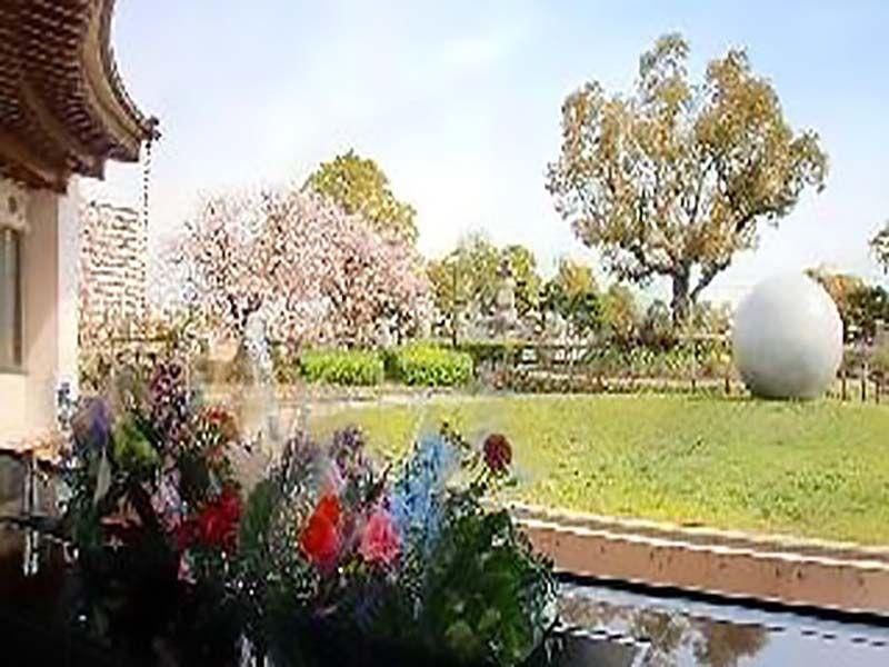 瓜破霊園の合葬式墓地