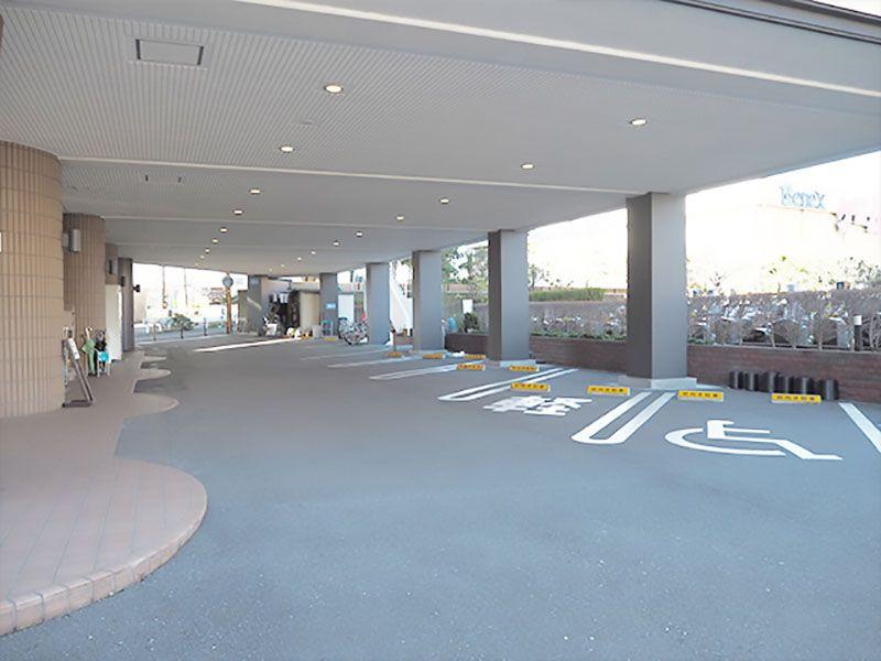 セントソフィアガーデン川崎 車いす専用駐車場完備