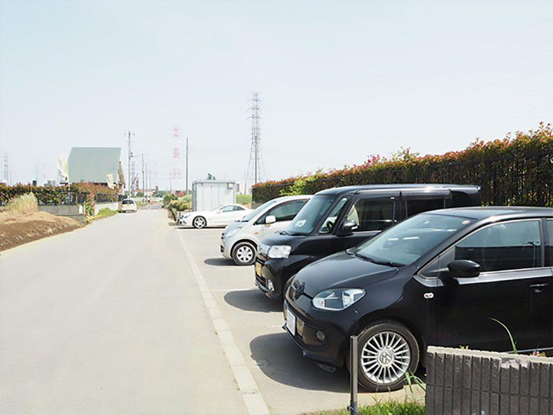 芝生の霊園あさか野セカンドステージ 専用駐車場完備