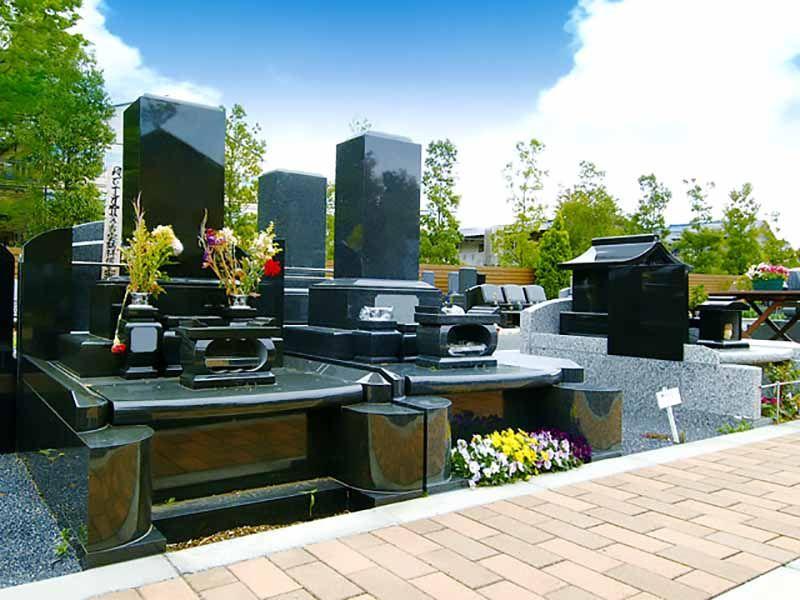 メモリアルガーデン東久留米 御影石が美しい墓石