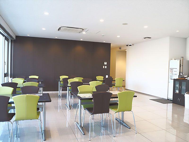 セントソフィアガーデン川崎 清潔感のある休憩室