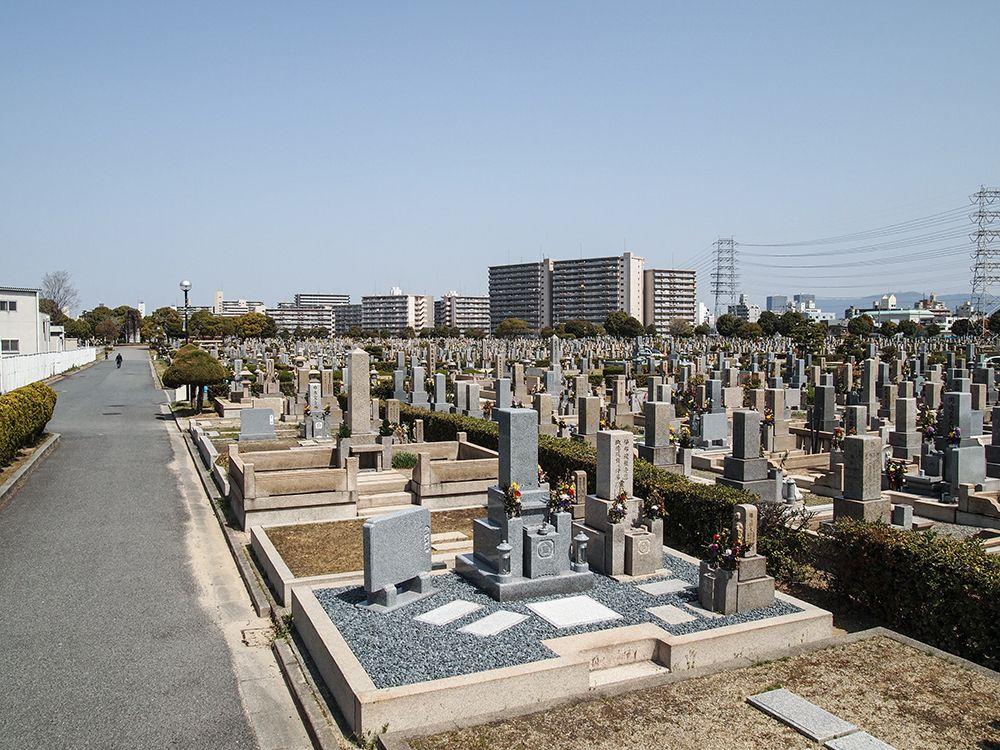 瓜破霊園 墓地の全景