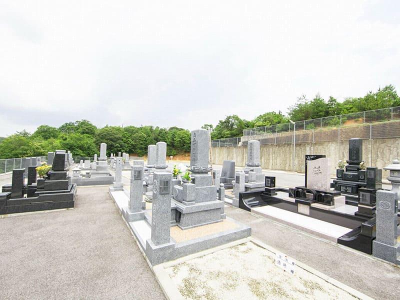メモリー東出雲墓苑の墓石イメージ