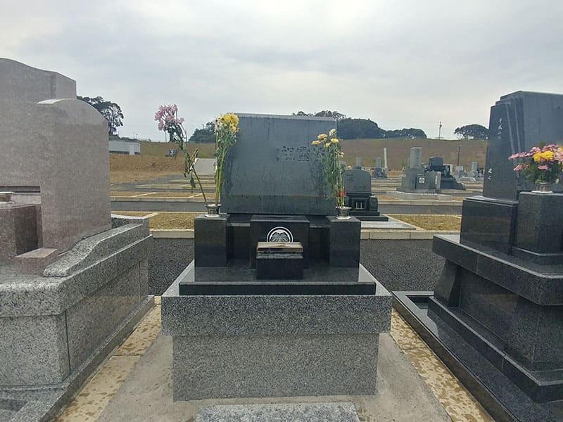 袋井市夢の丘墓園の墓石写真