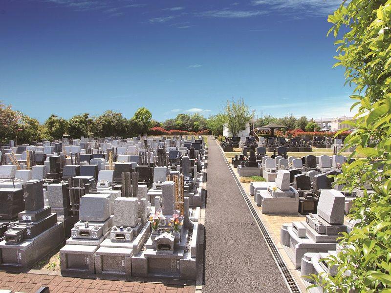 やすらぎ浄苑 和型・洋型の墓石が建立