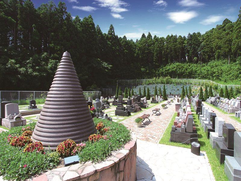 メモリアルスクエア佐倉 芝生墓所と供養塔