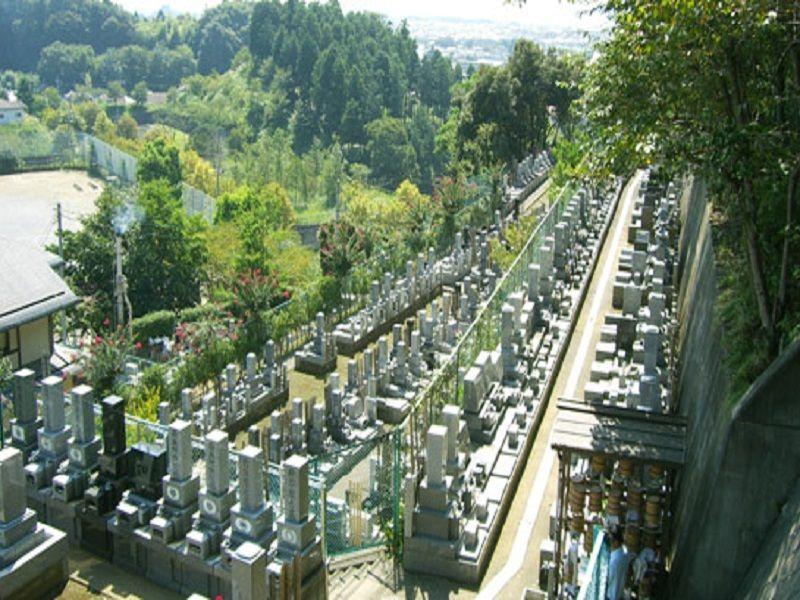 町田聖地霊苑 緑豊かな霊園風景