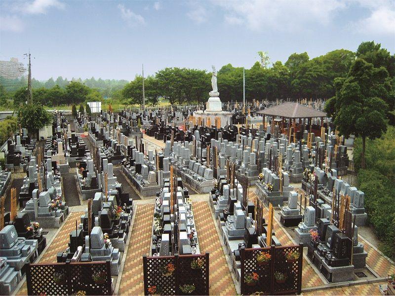 浦和東霊園 区画整理された墓域