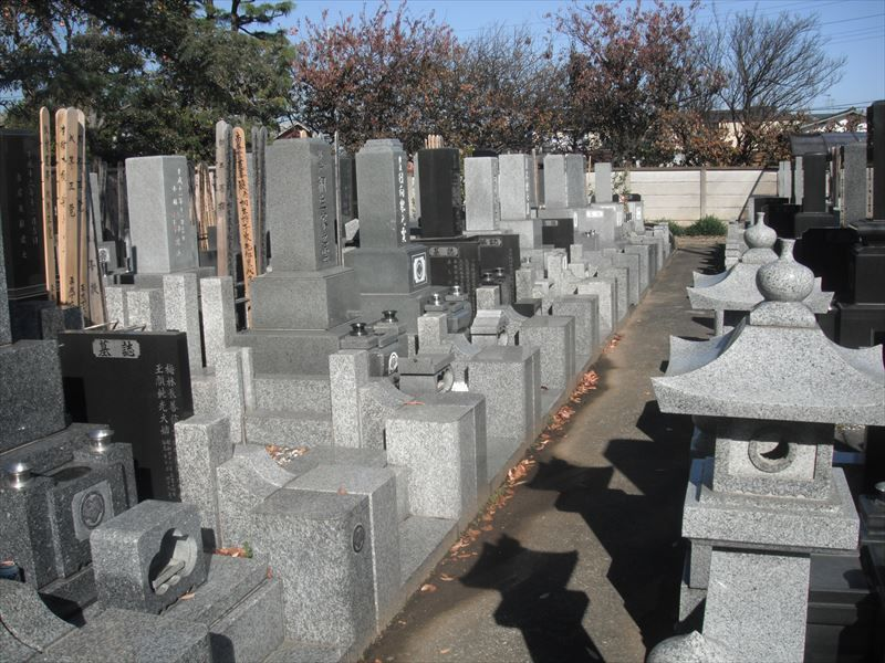 常在寺 和型墓石