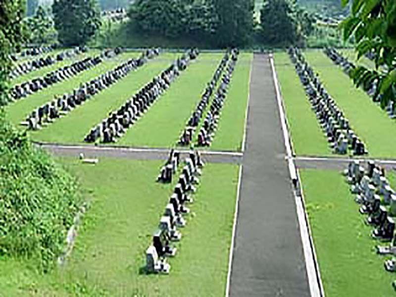 横須賀市営公園墓地 広いゆとりのある墓域