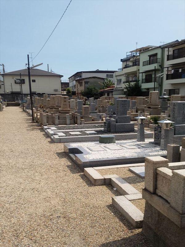 東大阪市営 小阪墓地 和型墓石